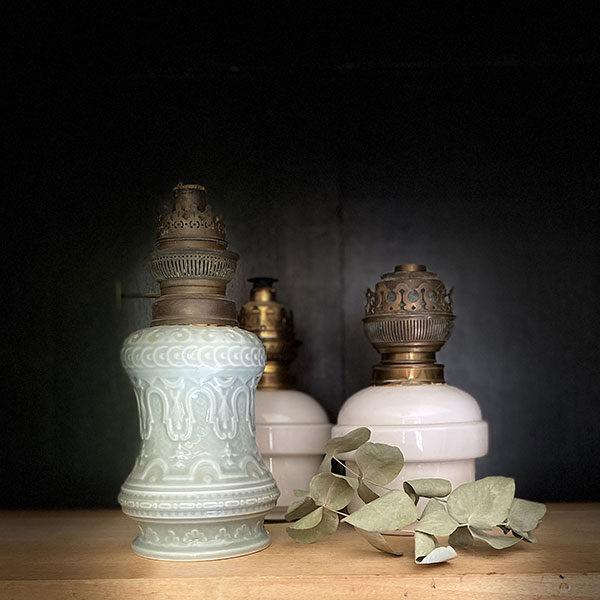 Lampe à huile porcelaine